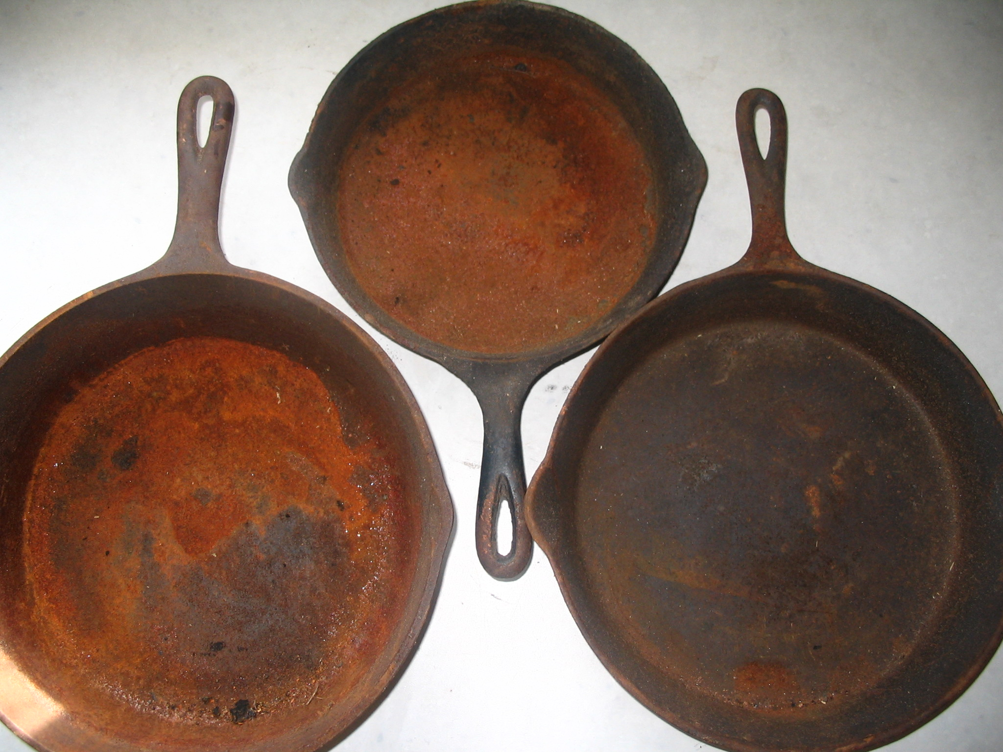 rusty cast iron pans